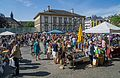 Vide grenier Place Guillaume II Luxembourg 03.jpg