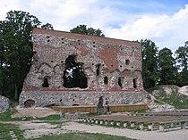 Viljandi castle convent wall.jpg
