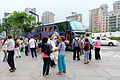 Visitors Waiting Bus in Sidewalk of Section 5, Xinyi District, Taipei 20160422.jpg