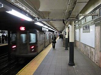 Wall Street (IRT Lexington Avenue Line) - Image: Wall Street IRT 013