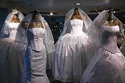 Vestido De Casamento Wikipédia A Enciclopédia Livre