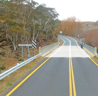 Road surface marking - Wikipedia