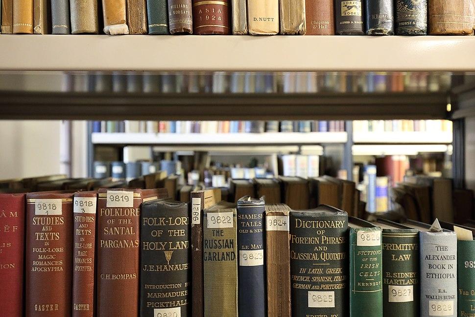 Wien - Volkskundemuseum-Bibliothek, Bücherspeicher