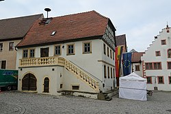 Wipfeld, Marktplatz 1-001.jpg