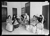 Women's Institute, J'lem (i.e., Jerusalem). Miss Hester Viney working with Arab women in Jerusalem Old City LOC matpc.22322.jpg