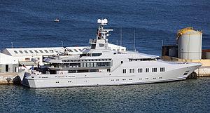 Skat (yacht) - Image: Y Skat berthed at the North Mole, Port of Gibraltar