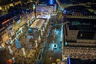 Ban Jelačić Square - Night view of the square