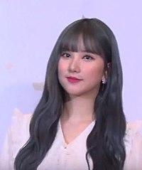 """""""예쁜애 그리고 또 예쁜애""""...여자친구, '빈틈 없는 예쁨 (4).jpg"""