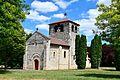 Église Saint-Domnin de Saint-Denis-Combarnazat.jpg