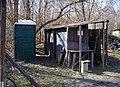 Řepora, mobilní záchod a odpady.jpg