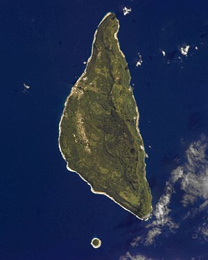 ʻEua - Image: ʻEua From The ISS(Cropped)