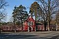 Будинок, в якому жив Микола Островський, та пам'ятник Павлу Корчагіну.jpg