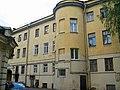 Маяковского 15, главное здание со двора.jpg