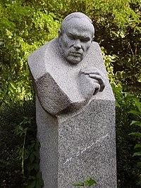 Михайла Стельмаха могила.jpg