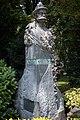 Паметник на Люсиен Шевалас.jpg