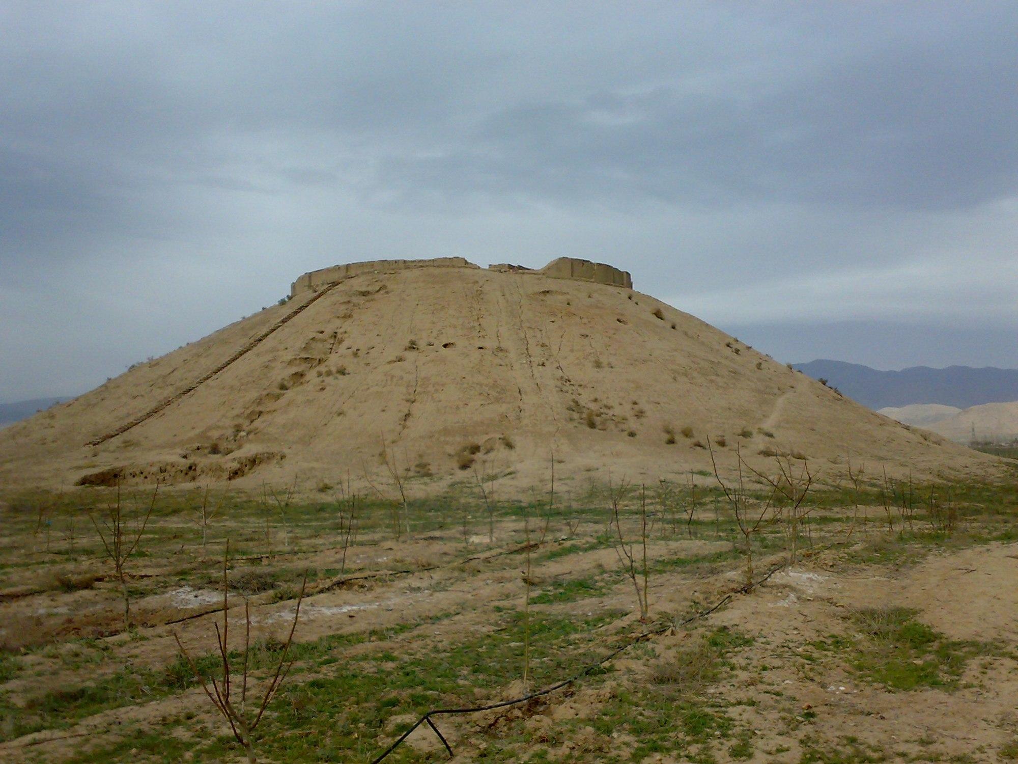 تپه زاغه