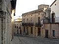 105 Pedralbes, baixada del Monestir.jpg