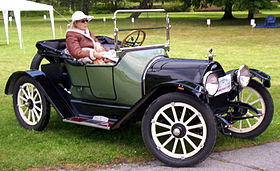 1915 Chevrolet Series H-2 Royal Mail Roadster.jpg