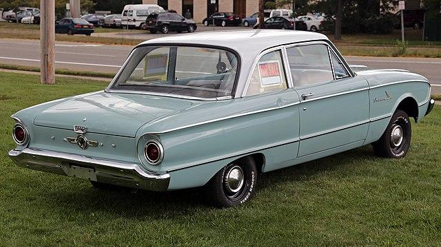 Close The Door >> File:1961 Ford Falcon 2-dr sedan, rear right.jpg