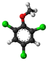 2,4,6-Trichloroanisole-3D-balls.png