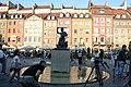 2007-09-23 Pomnik Syrenki Warszawskiej na Starym Miescie 1.jpg