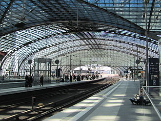 Berlin Hauptbahnhof - Above-ground platforms