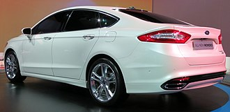 Ford Mondeo (fourth generation) - Image: 2012 Ford Mondeo Titanium sedan (2012 10 26) 06 (cropped)