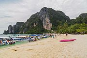 2016 Prowincja Krabi, Ko Phi Phi Don, Plaża Ton Sai (02).jpg