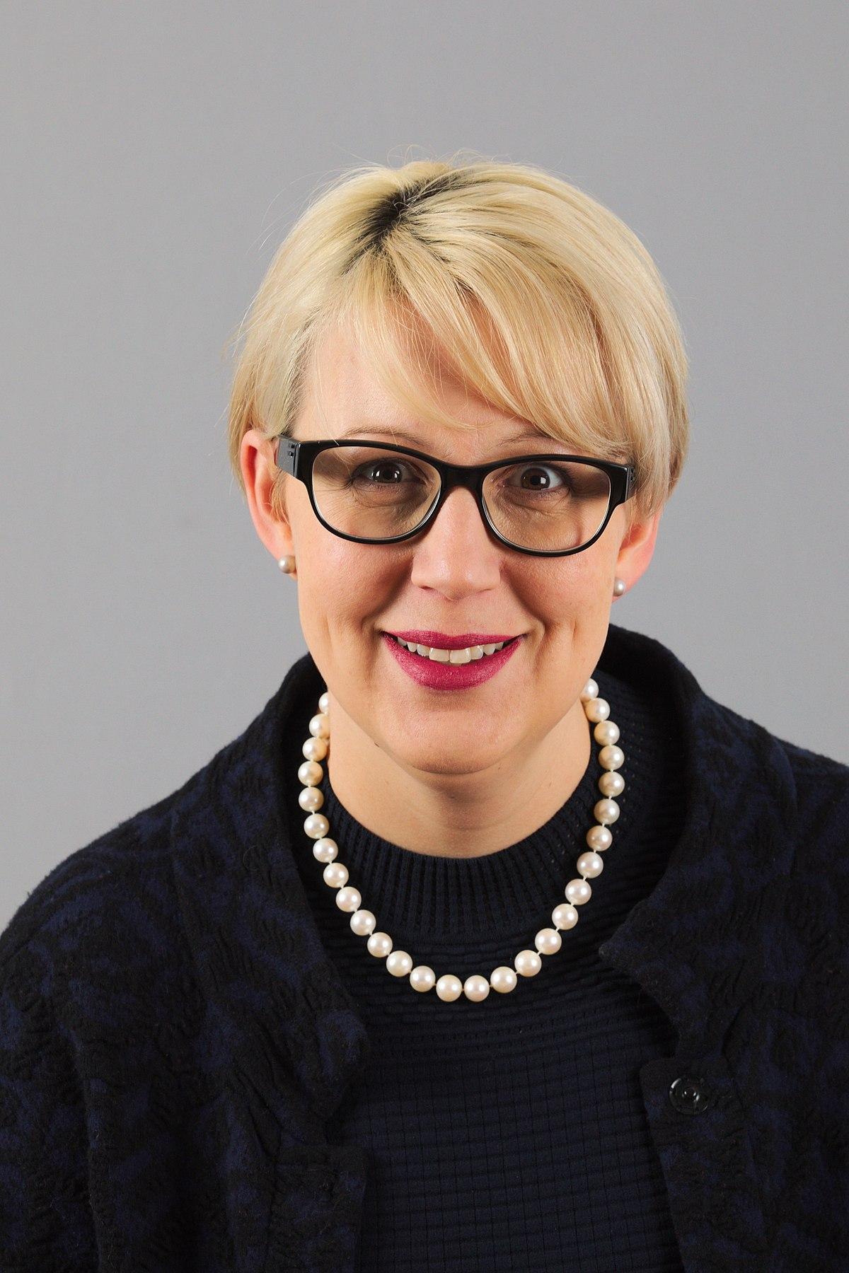 Sabine Scheffknecht – Wikipedia