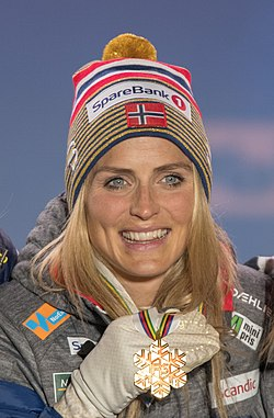 20190227 FIS NWSC Seefeld Medal Ceremony 850 5274 Therese Johaug.jpg