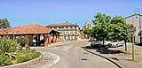 31 - Le Burgaud - La Place de la halle.jpg