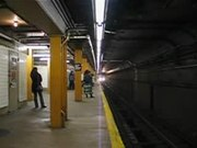 Fail:7train arriving.ogv