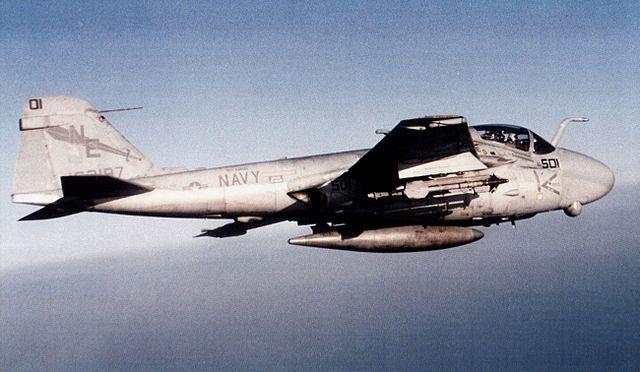640px-A-6E_Intruder_of_VA-145_in_flight_c1992.jpg