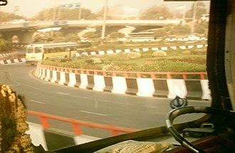 Inner Ring Road, Delhi - Image: AIIMS Flyover 07