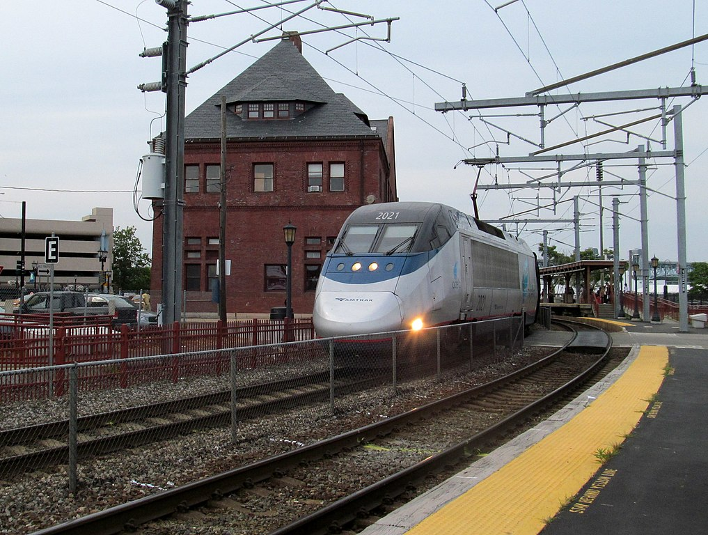 Amtrak's Northeast Corridor Acela Express and Regional Trains Washington - New York - Boston Includes all service from New Haven. Reservations required on trains marked R. Washington schedules offer additional Washington - New York and Philadelphia - New York service.