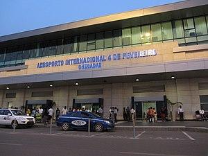 Quatro de Fevereiro Airport - Image: Aeroport 4 de Fevereiro Chegadas LWS1962