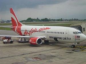 AirAsia Boeing 737-300 (9M-AAO)