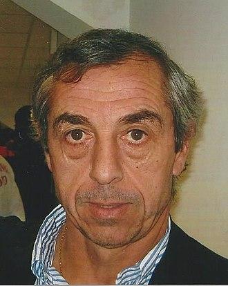 Alain Giresse - Giresse managing Gabon in 2009.
