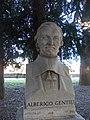 Alberigo Gentili busto Pincio Roma.jpg