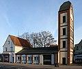 Alte Rettungswache Hemelingen (2012).jpg