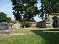 Alvastra kloster Presbyterium.JPG