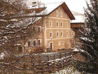 Ancient home Pradatsch.jpg