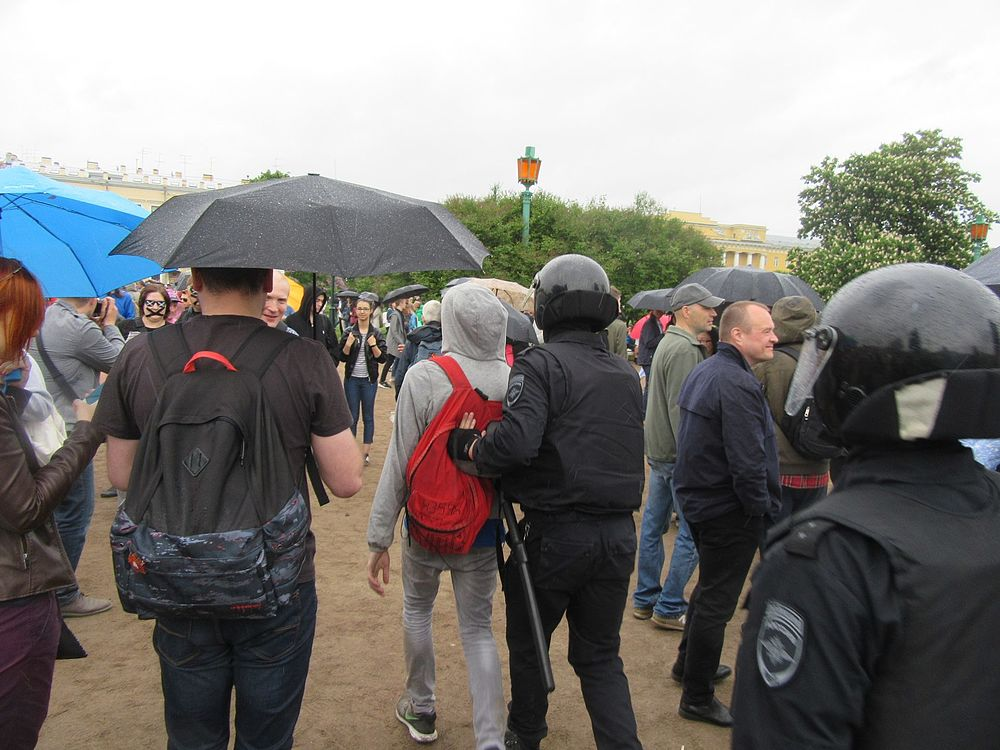 Anti-Corruption Rally in Saint Petersburg (2017-06-12) 82.jpg