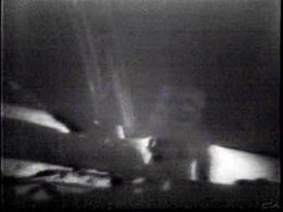 ファイル:Apollo 11 Landing - first steps on the moon.ogv