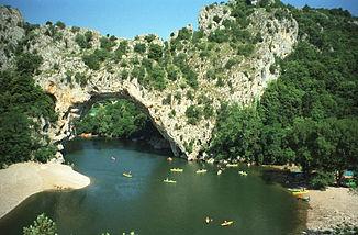 Natürliches Felsentor Pont d'Arc