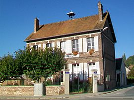 The town hall in Armancourt