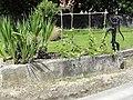 Azelot (M-et-M) fontaine B (avec pompe).jpg