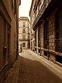 Béziers - Rue de l'Argenterie (41119397894).jpg
