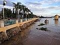 Bờ Sông Châu đốc, Lê lợi, Tp Chaudoc, angiang - panoramio.jpg