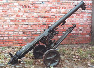 B-10 recoilless rifle - Polish Army B-10 recoilless gun